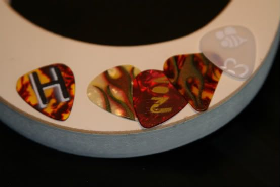 homemade guitar picks from pick punch,spray painting,airbrushing